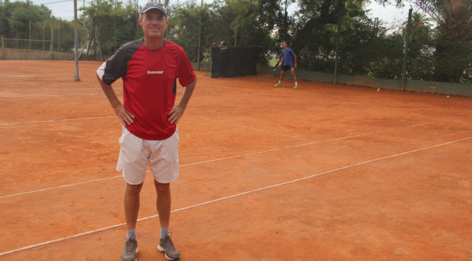 Colo Martínez Piñón, el maestro del tenis