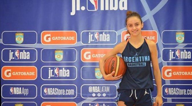 CLARI A UN CAMPAMENTO JR. NBA EN SAN PABLO