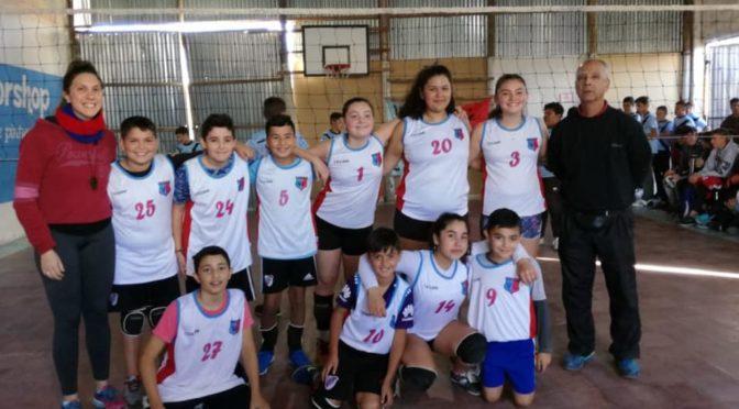 LOS CHICOS SUB13 DE VILLA LAS LOMAS debutan en la liga avru