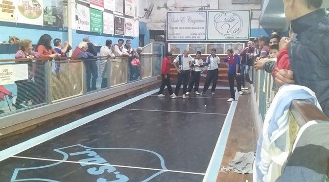 RIVADAVIA VENCIÓ A JUVENTUD Y DEFINE CON SARMIENTO