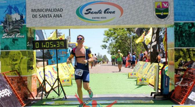 MAURO LOMBARDO 3º EN EL TRIATLÓN DE SANTA ANA