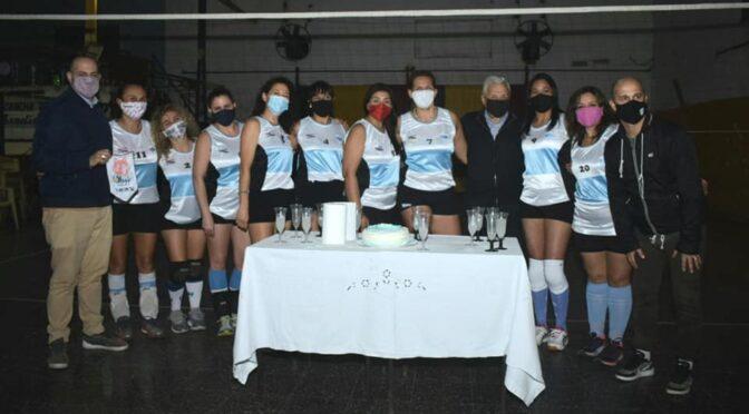 GIMNASIA SUMA UNA NUEVA ACTIVIDAD, EL VOLEIBOL
